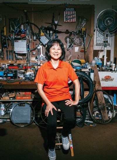 ➳ Jayne Kim, of Eki Cyclery, slid into running the company after her father asked her to help out in the store. Photo: David Croxford and Aaron K. Yoshino.