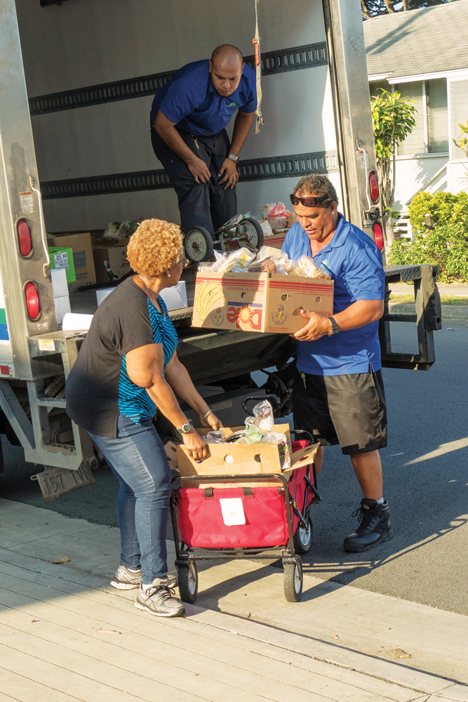 """Aloha Harvest is a nonprofit that """"rescues"""" unused food from restaurants, caterers, wholesalers and retailers, then distributes it to around 180 social service agencies that feed the hungry and homeless. Photo: David Croxford"""