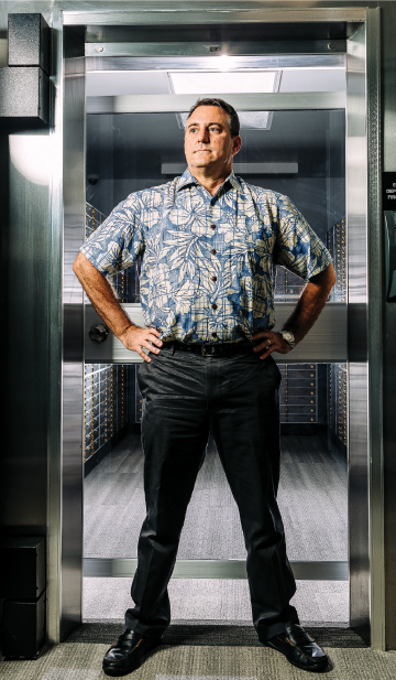 Andrew Rosen, CEO of Hawaii State Federal Credit Union, says the company's smartphone app allows customers to turn off their credit cards to prevent unauthorized use. Photo: Aaron K. Yoshino