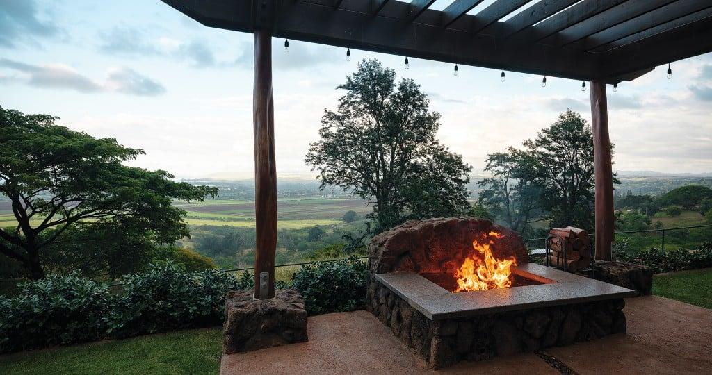1-HHR2001-AY-Outdoor-Fireplace-6794