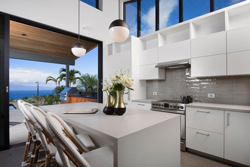 maui beach home kitchen