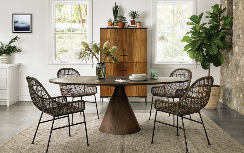 HHR-0519-Pacific Home Image of Table and Chairs