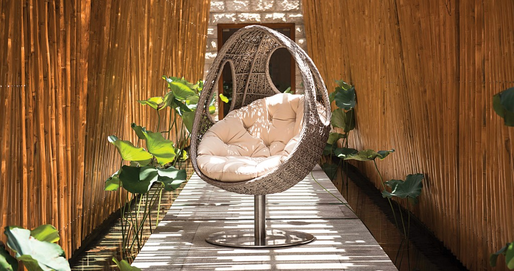 HHR-06-19-Featured-Image-Readers Choice Outdoor Furniture & Accessory