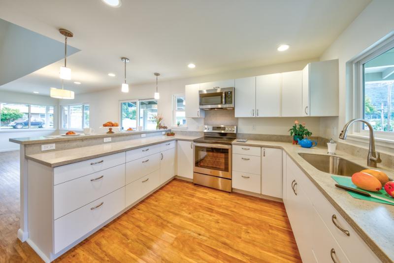 home-build-renovation-remodel-modern-craftsman-style-kitchen