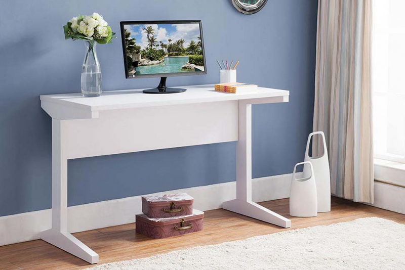 47.25-inch Wide Writing & Computer Desk in White