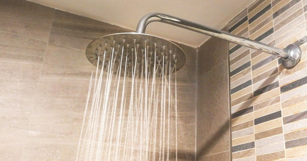 shower-hed-getty