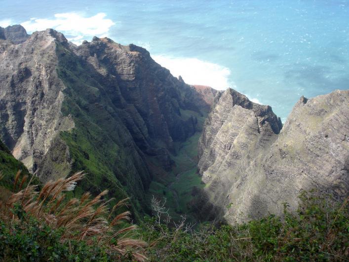 best hiking trails beginners experts hawaii magazine readers choice 2016