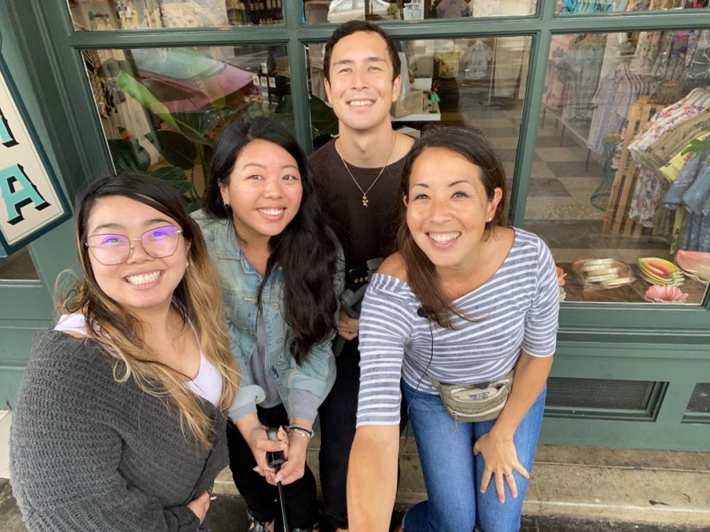 Hawaii Mag Team in Chinatown