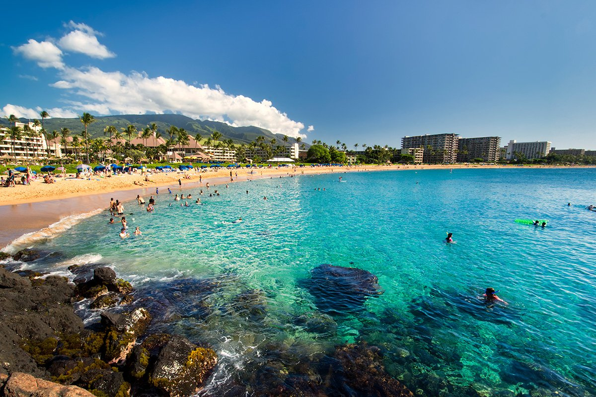 10 fun water activities to do at Kaanapali Beach, Maui - Hawaii Magazine