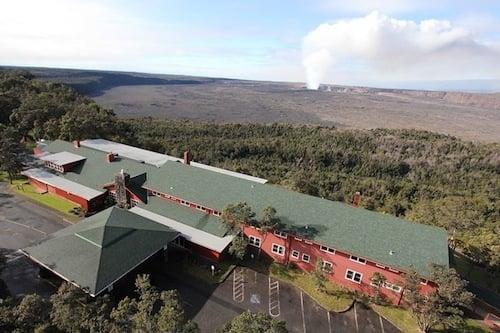 Volcano House 1941