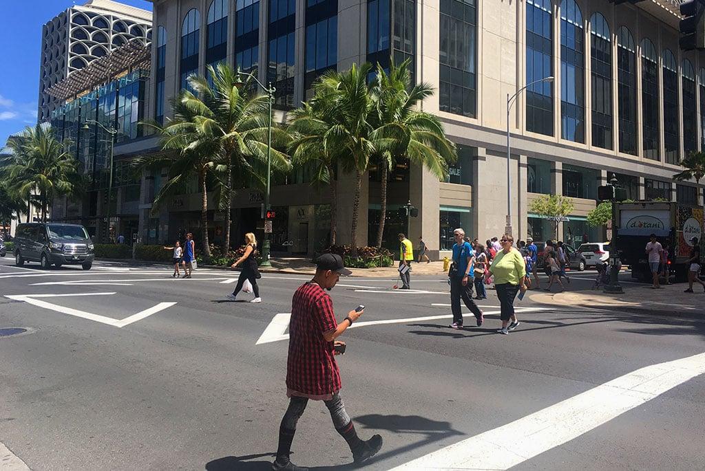 waikiki pedestrian