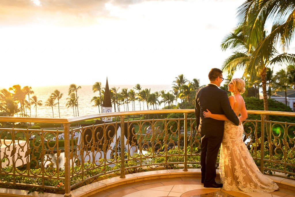 wedding-chapel-overlook-couple-sunset-1680x1136