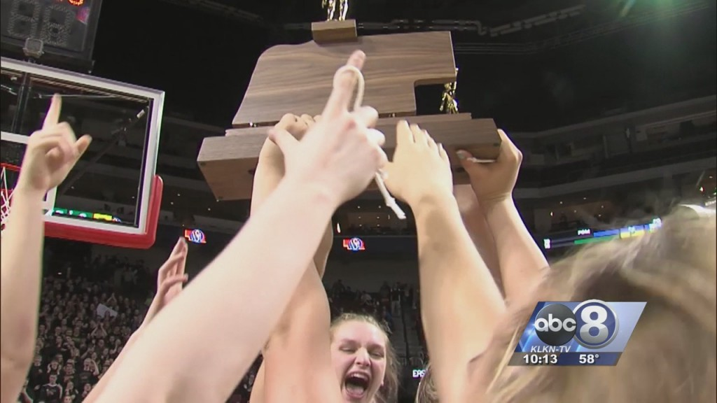 Pius X Wins Class A Girls Basketball Championship