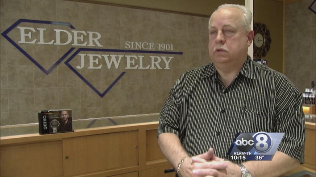 Jewelry Store Robbed In January Gives Advice In Response To Recent Robberies