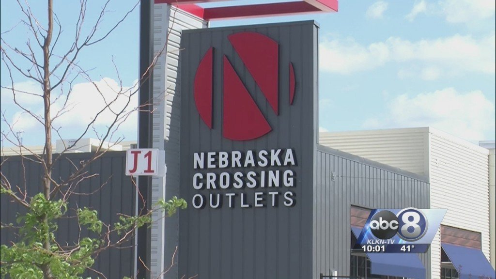 Gretna Outlet Mall To Reopen April 24