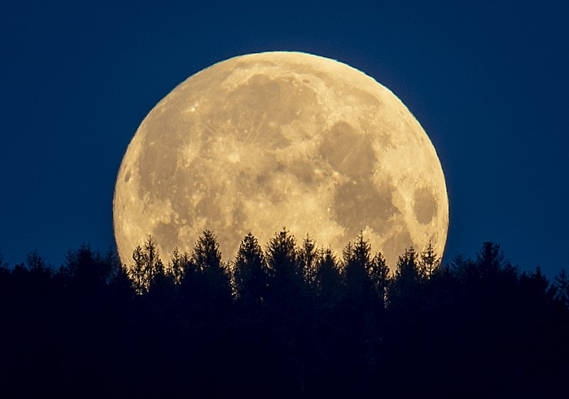 Moon Ap