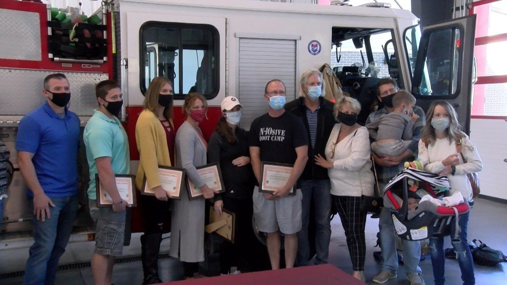 People gathered to recognize 6 people who stepped up to save a life.