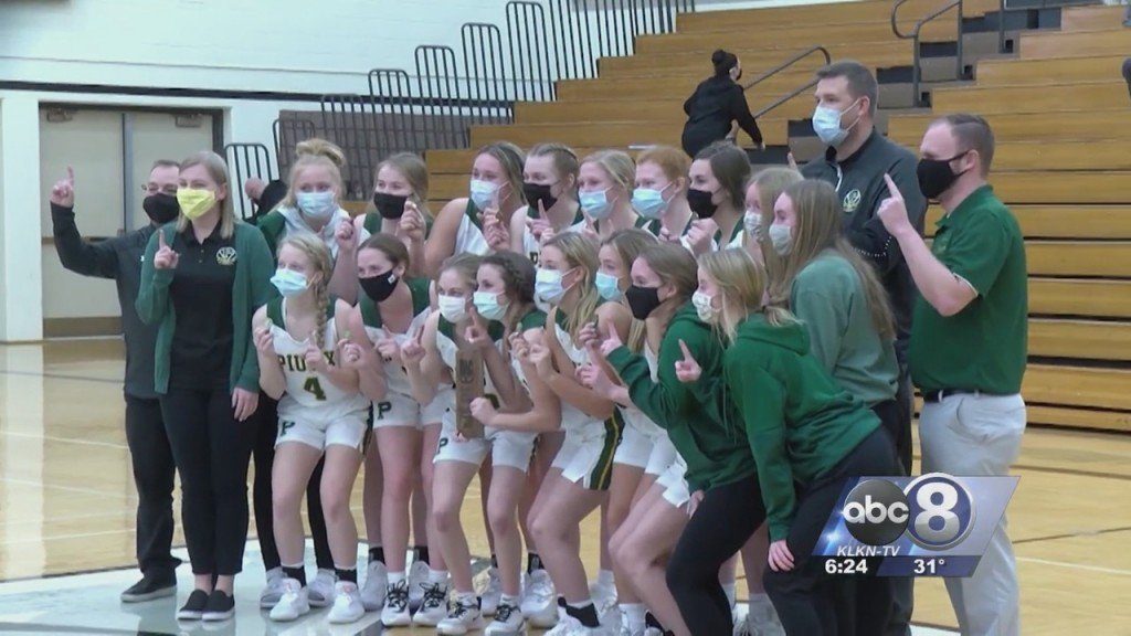 Lincoln Pius X Girls Basketball Claims Title, Markowski Scores 44 Points