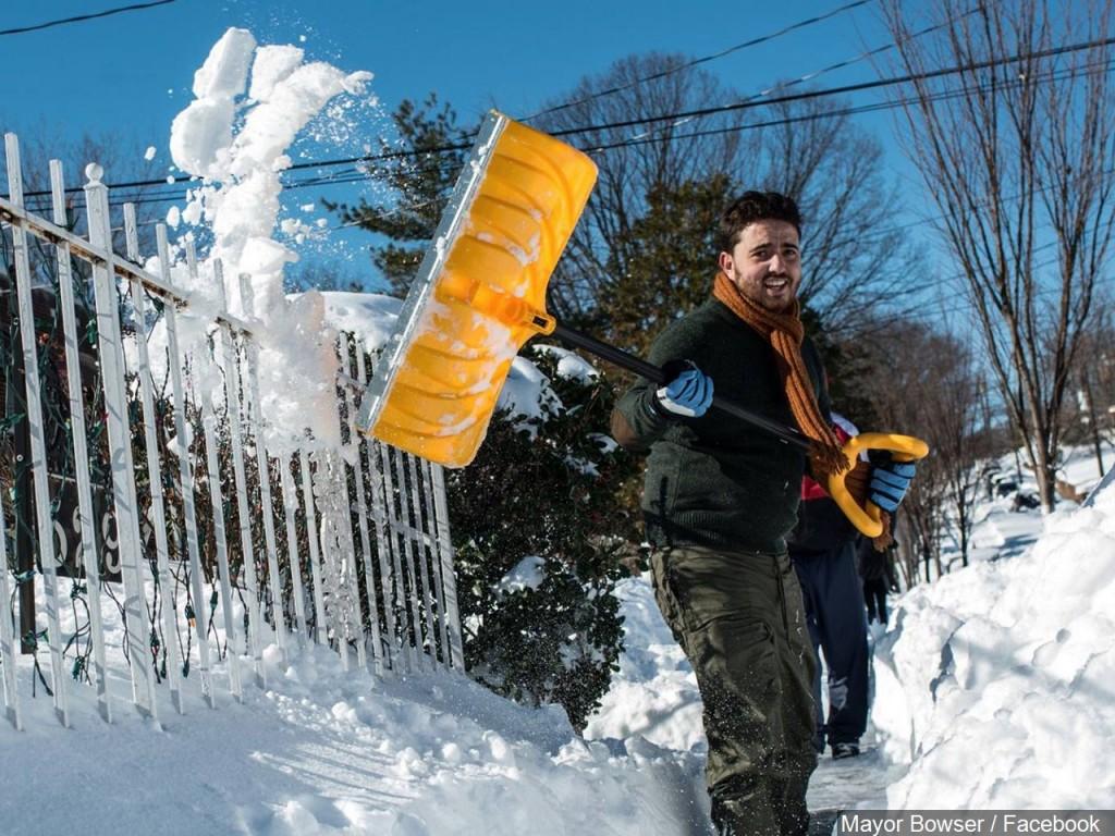 SNOW SHOVEL HEALTH RISKS