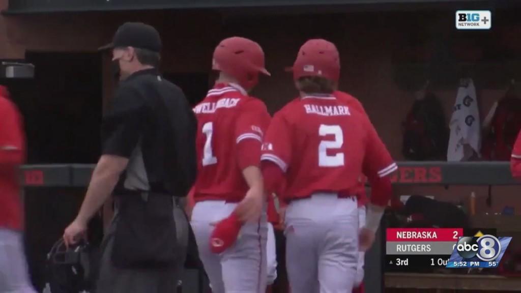 Husker Baseball Splits Sunday's Doubleheader