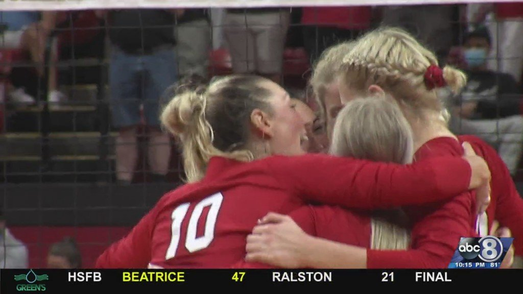 Husker Volleyball Sweeps Colgate