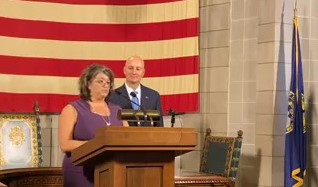 Governor Pete Ricketts Press Conference 101321 Moment