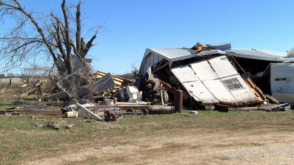 Vernon County Residents Cleanup After the Storm