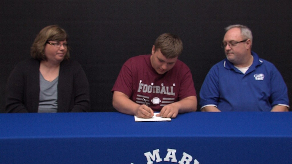 SMC's Ward Signs to FSCC
