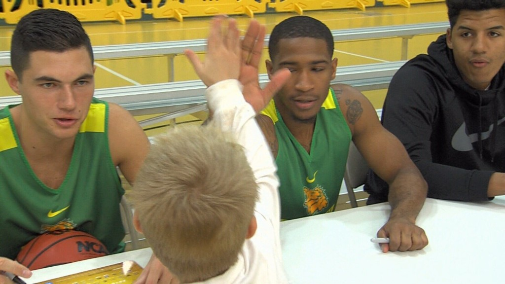 """Missouri Southern Holds Annual """"MOSO Madness"""""""