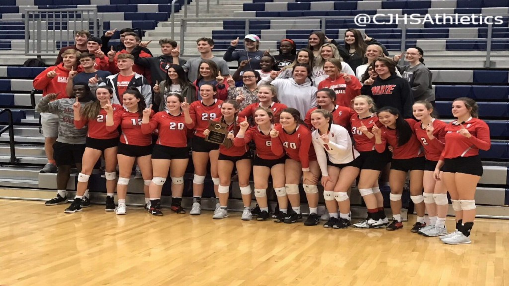 VB: Carl Junction Tops Carthage for District Title