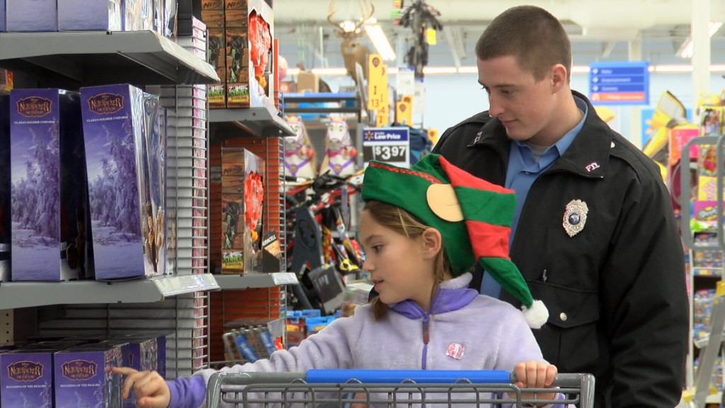 Shop with a Firefighter in Pittsburg