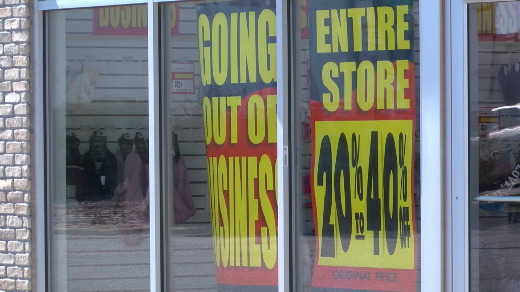 Local shoppers weigh in on Payless closing