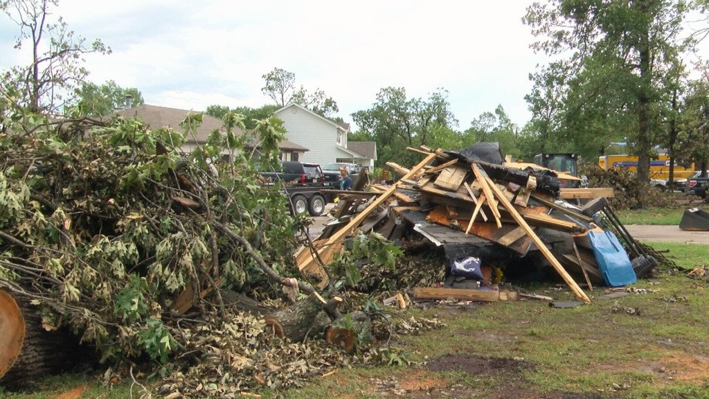 Volunteers needed in Carl Junction cleanup efforts