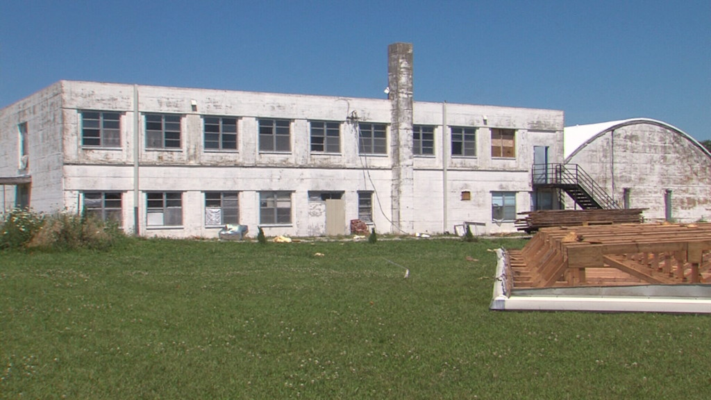 Elsmore school building being turned into veteran's resource center