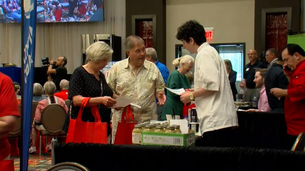 "KOAM ""For the Health of It"" expo draws large crowd"