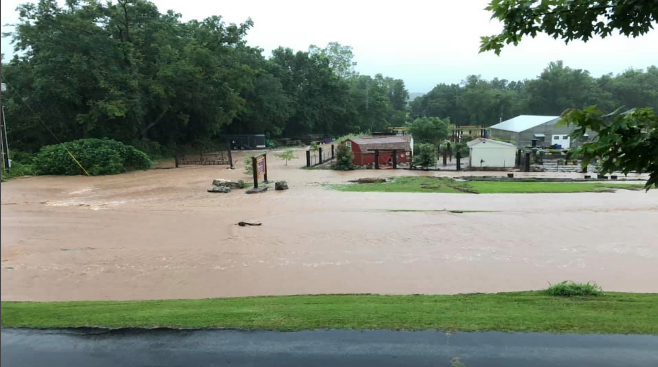 Local businesses in Neosho affected by flooding