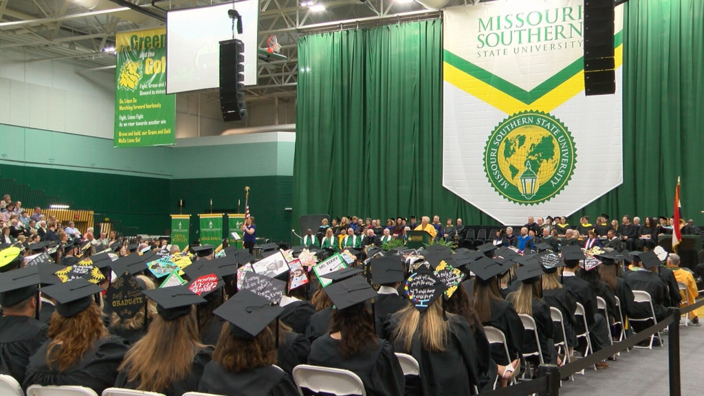 """Golden Grads"" celebrate 72nd commencement with Class of 2019"