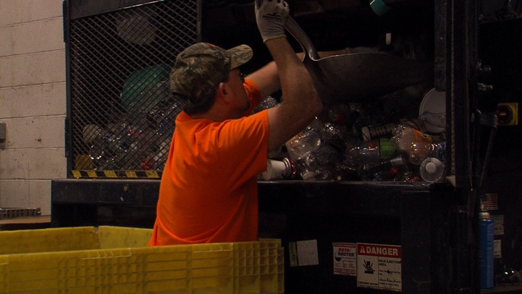 Local recycling center struggles because of low market prices
