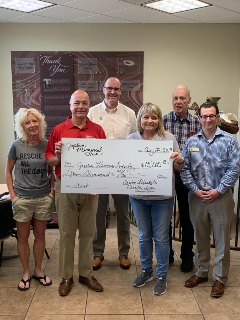 Joplin Memorial Run donates $15,000 to Joplin Humane Society