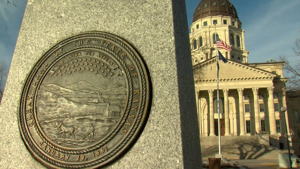 Two more Kansas Republican lawmakers become Democrats