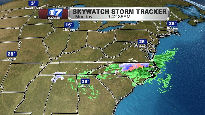 Winter storm clings to Mid-Atlantic