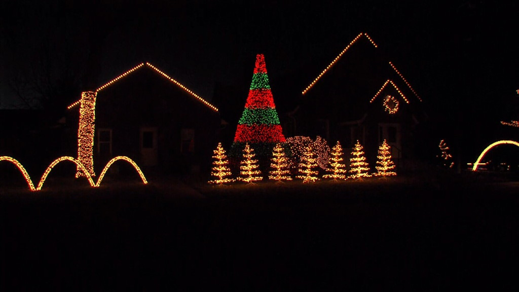 Mt. Moriah light display in Carthage nearing ten years