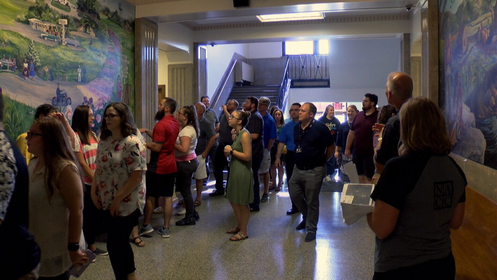 New teacher tour connects Neosho's new instructors with businesses