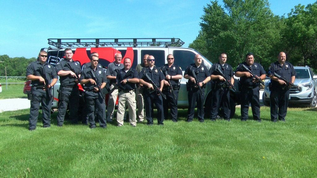 Neosho Police Department receives large rifle donation
