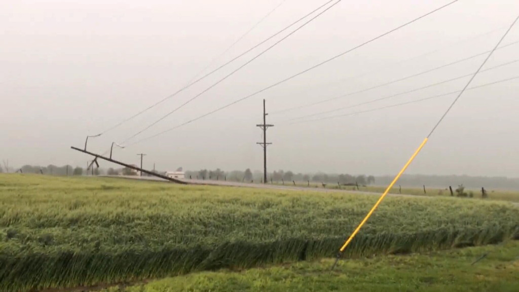 Additional crews help to restore power to Pittsburg area