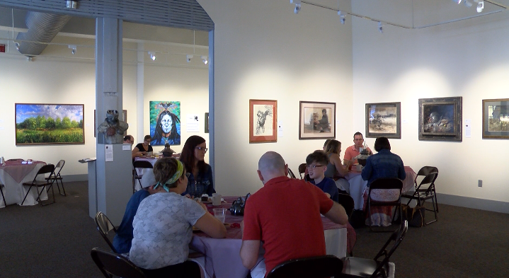 Spiva Center for the Arts holds first gallery brunch event