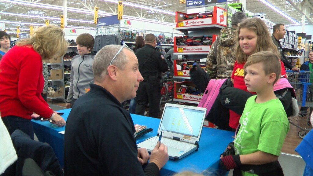 "Annual ""Shop with a Cop"" brightens kids' christmas"