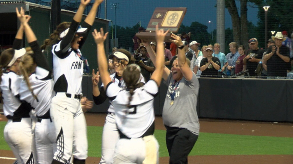 Frontenac wins 3A state championship