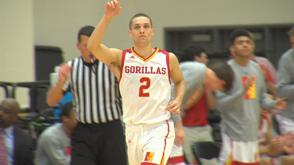 Pitt State's Lozoya named to Bevo Francis Award watchlist