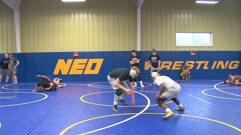 NEO wrestling aims for back-to-back national titles